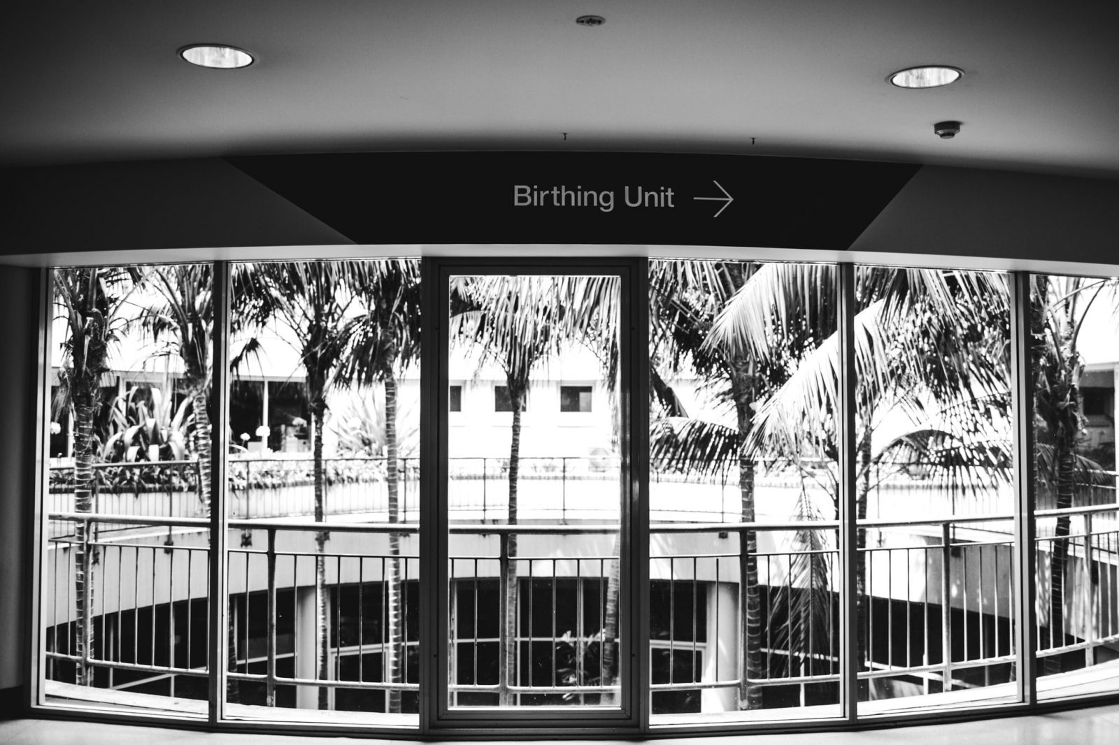 photograph of entry into the maternity ward at wollongong hospital nsw